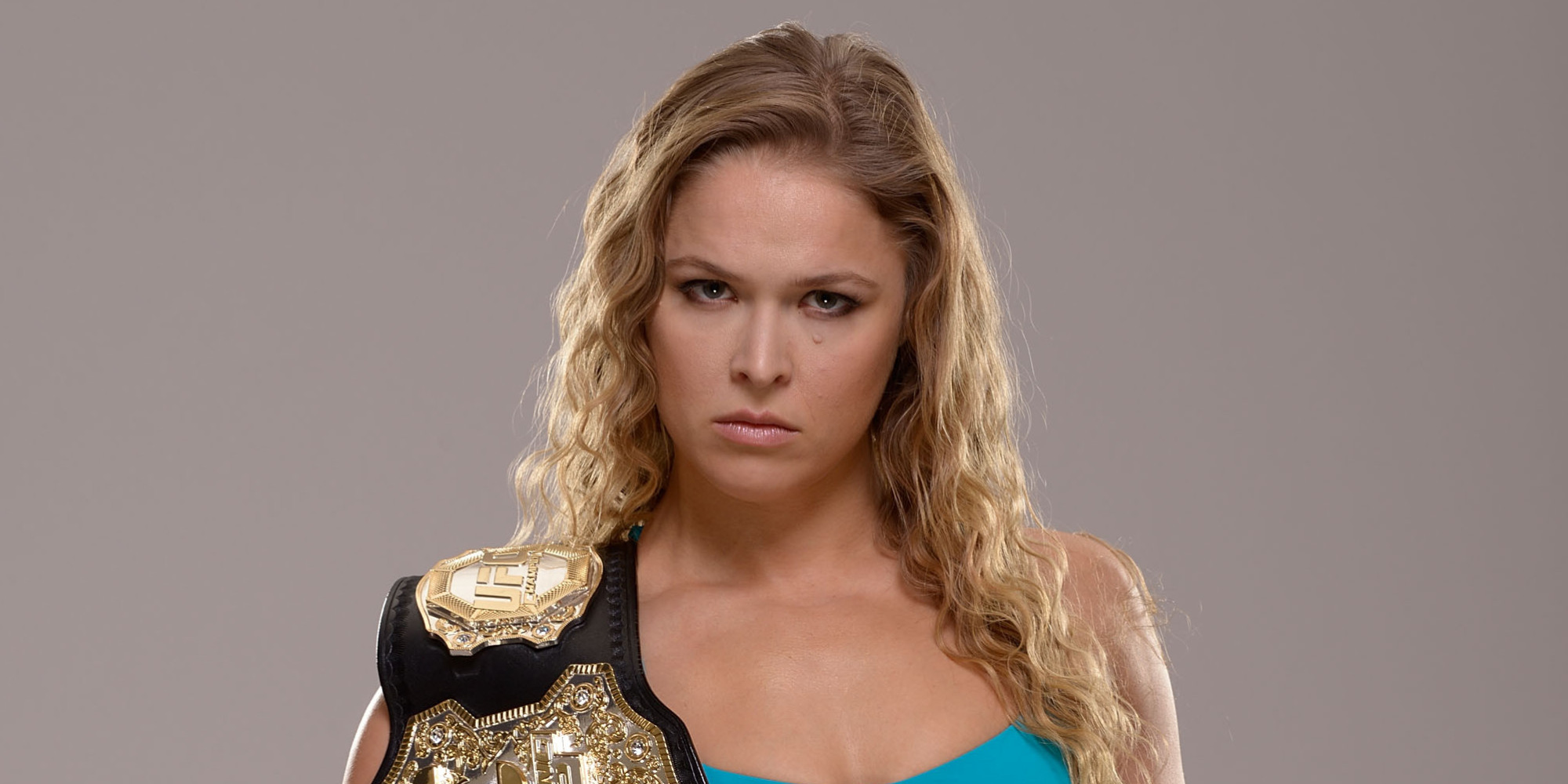The 31-year old daughter of father Ron Rousey and mother AnnMaria De Mars, 170 cm tall Ronda Rousey in 2018 photo