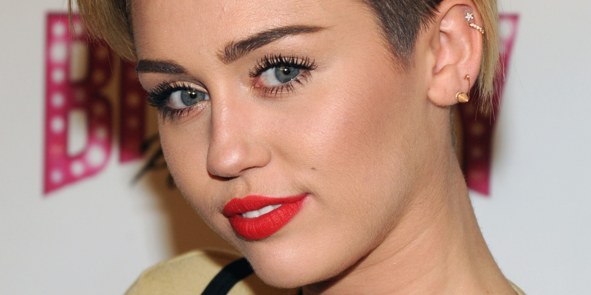 Miley Cyrus (Basically) Admits That A Vogue Cover Was In ...