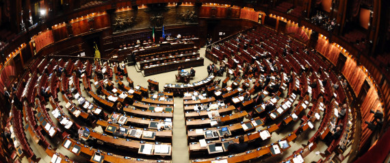 Sondaggi 2013 fiducia nelle istituzioni a picco partiti for Parlamento montecitorio