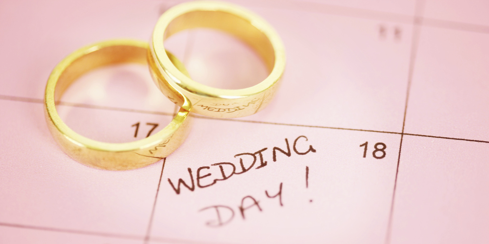 Your ultimate wedding planning timeline whitney pizale for Best day for a wedding