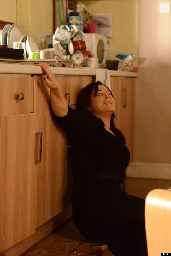 Eastenders spoiler kat moon suffers pregnancy scare after falling at home alone pictures for Giving birth alone in a bathroom