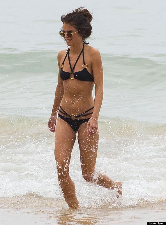 girls-anna-lynne-mccord-bikini