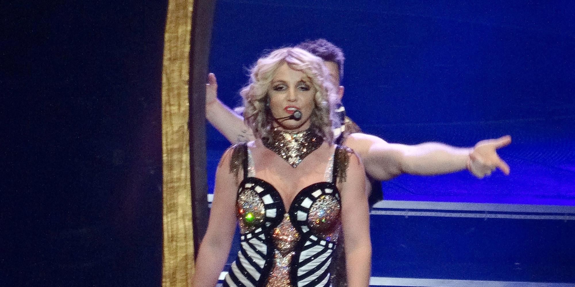 Britney spears wardrobe malfunction in las vegas