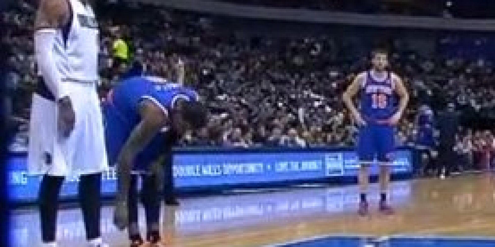 J.R. Smith may be disciplined for untying Shawn Marion's shoes (video