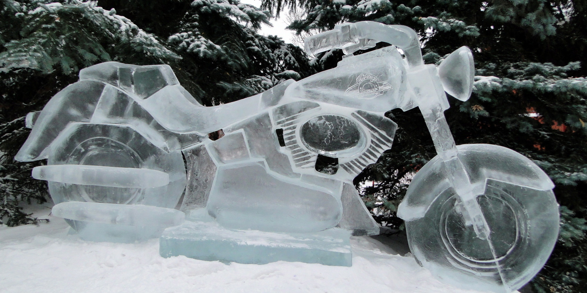 Ice on whyte edmonton festival sees carvers chip chisel
