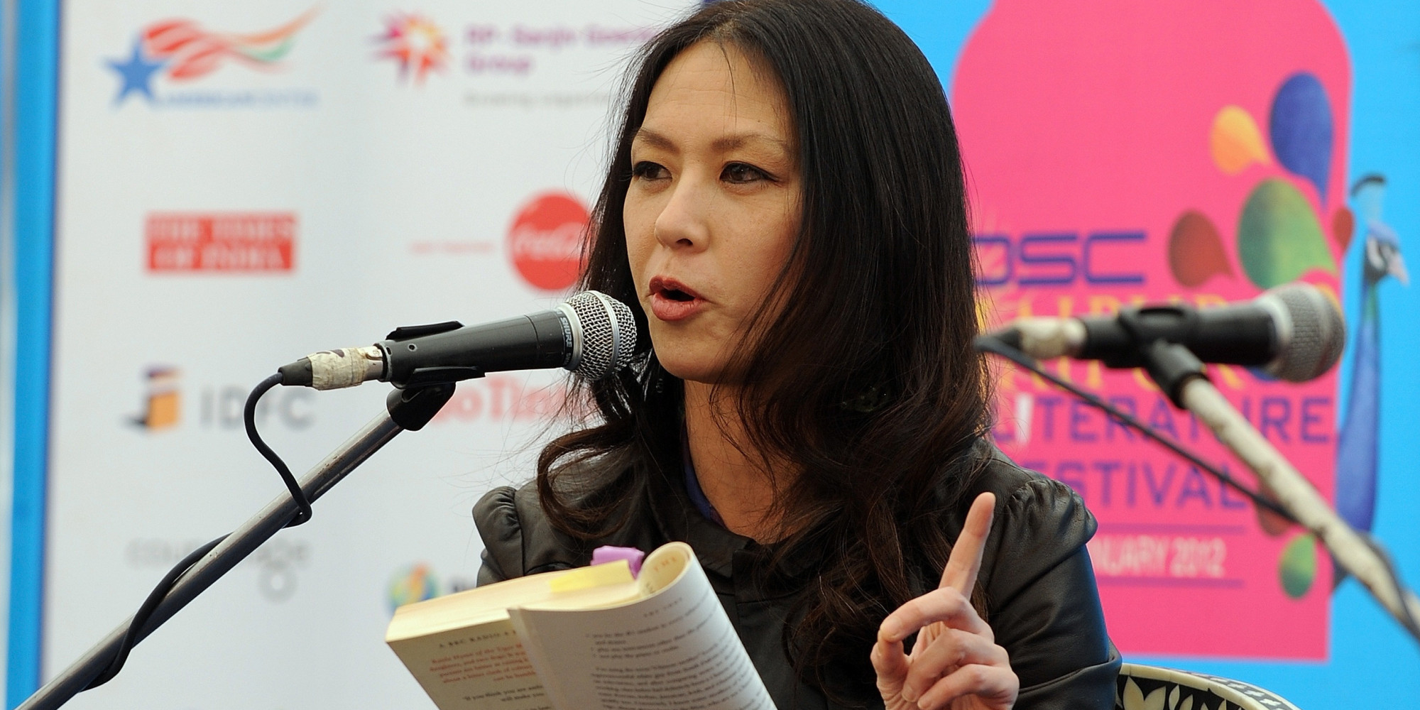 is amy chua a good mother Amy chua's battle hymn of the tiger mother did more than speak to me it screamed, shouted and lectured me it made me simultaneously laugh with empathy and cringe with embarrassment and exasperation this is a story about a mother, two daughters, and two dogs, the book's cover declares this.