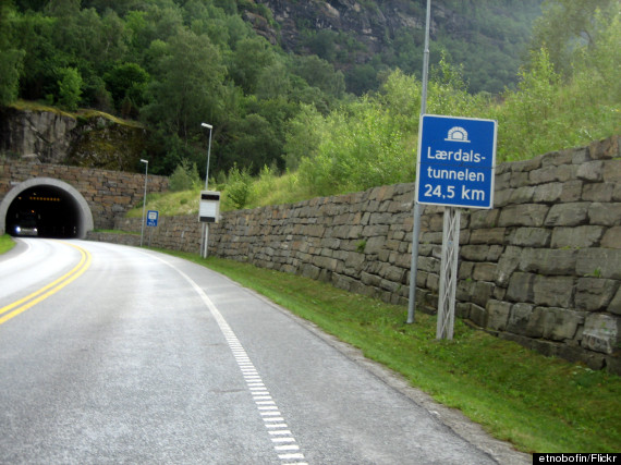 lærdal road tunnel