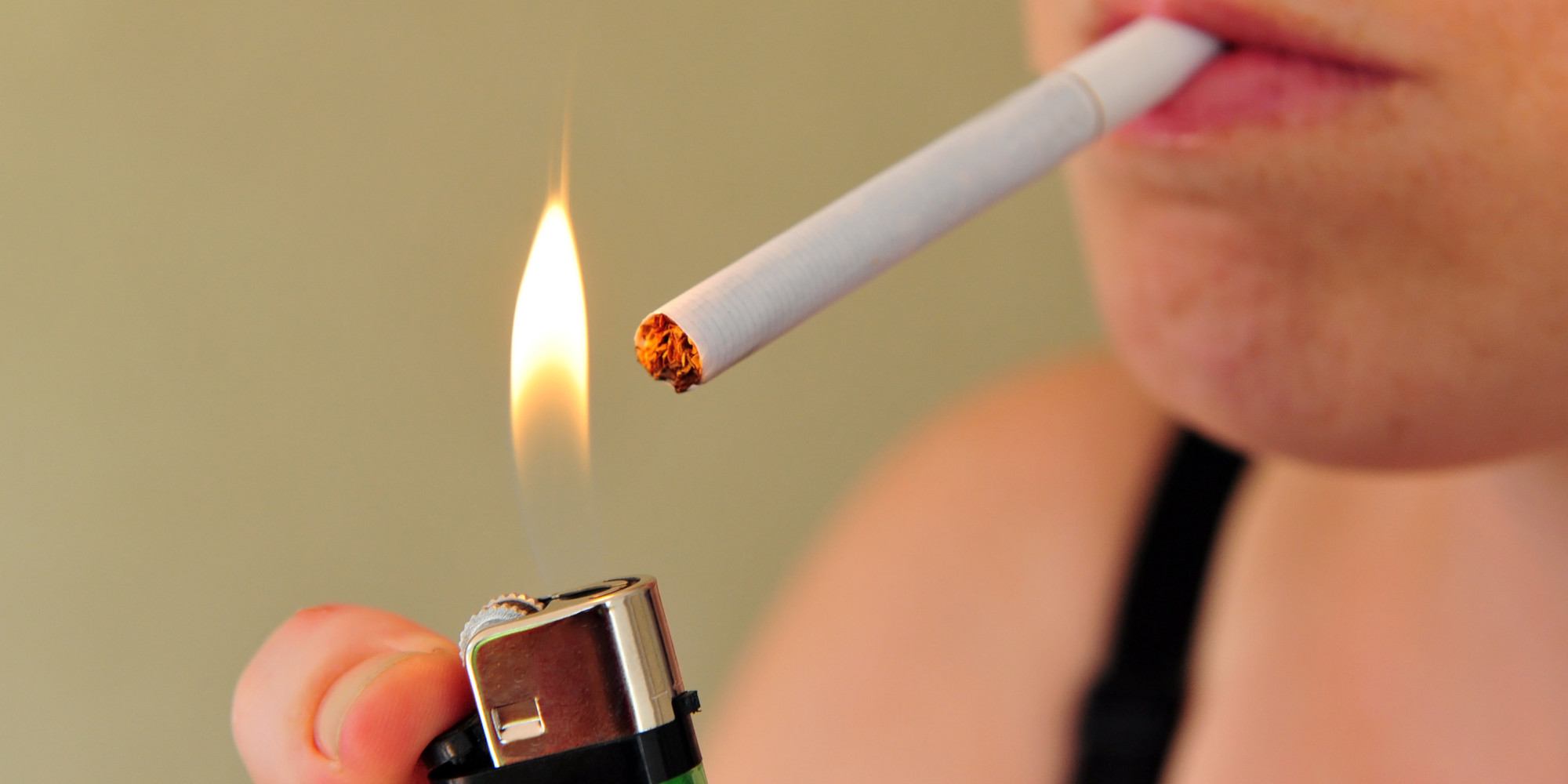 The disadvantages of smoking Essay Sample