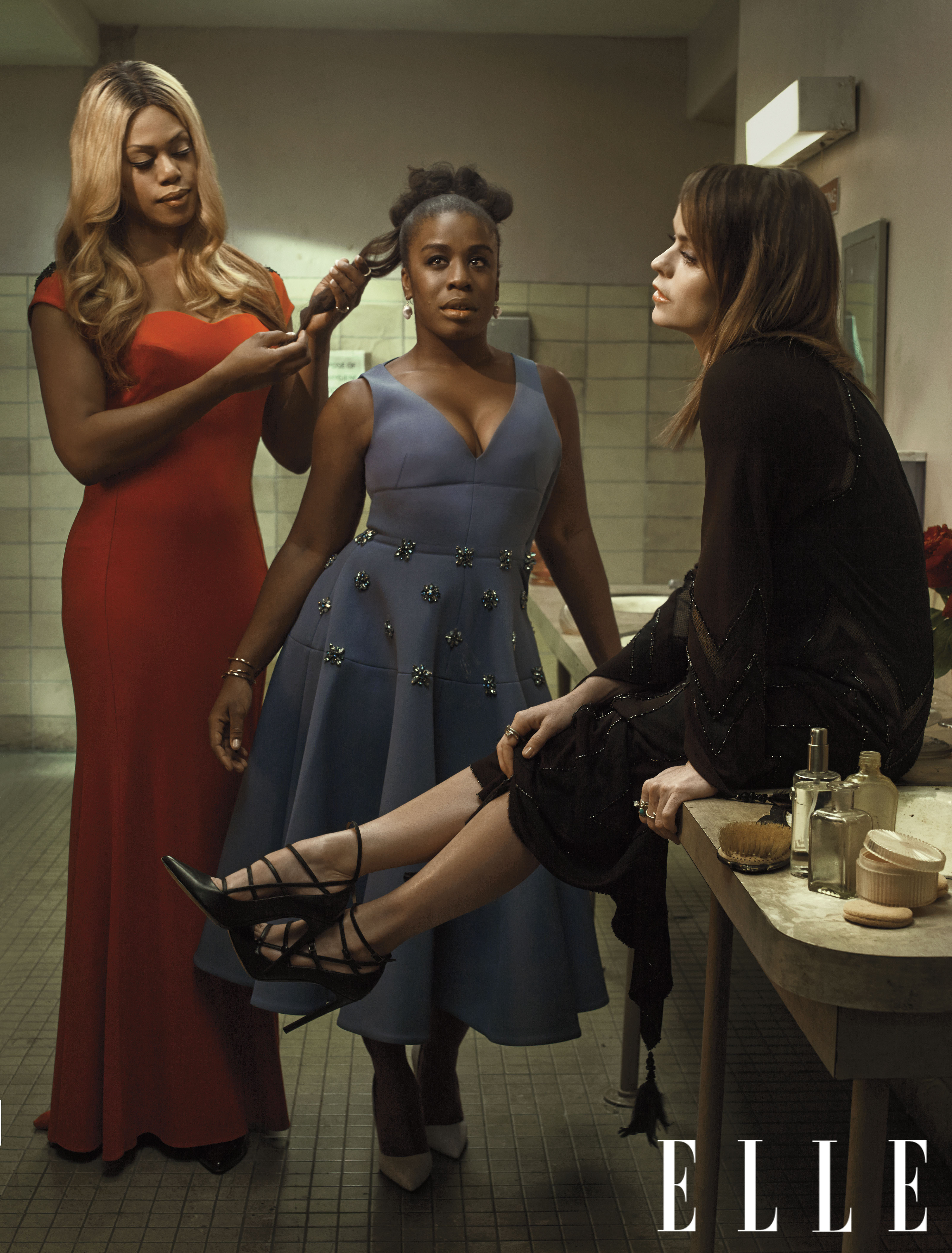 the 39 orange is the new black 39 cast cleans up nicely in elle spread photos huffpost. Black Bedroom Furniture Sets. Home Design Ideas
