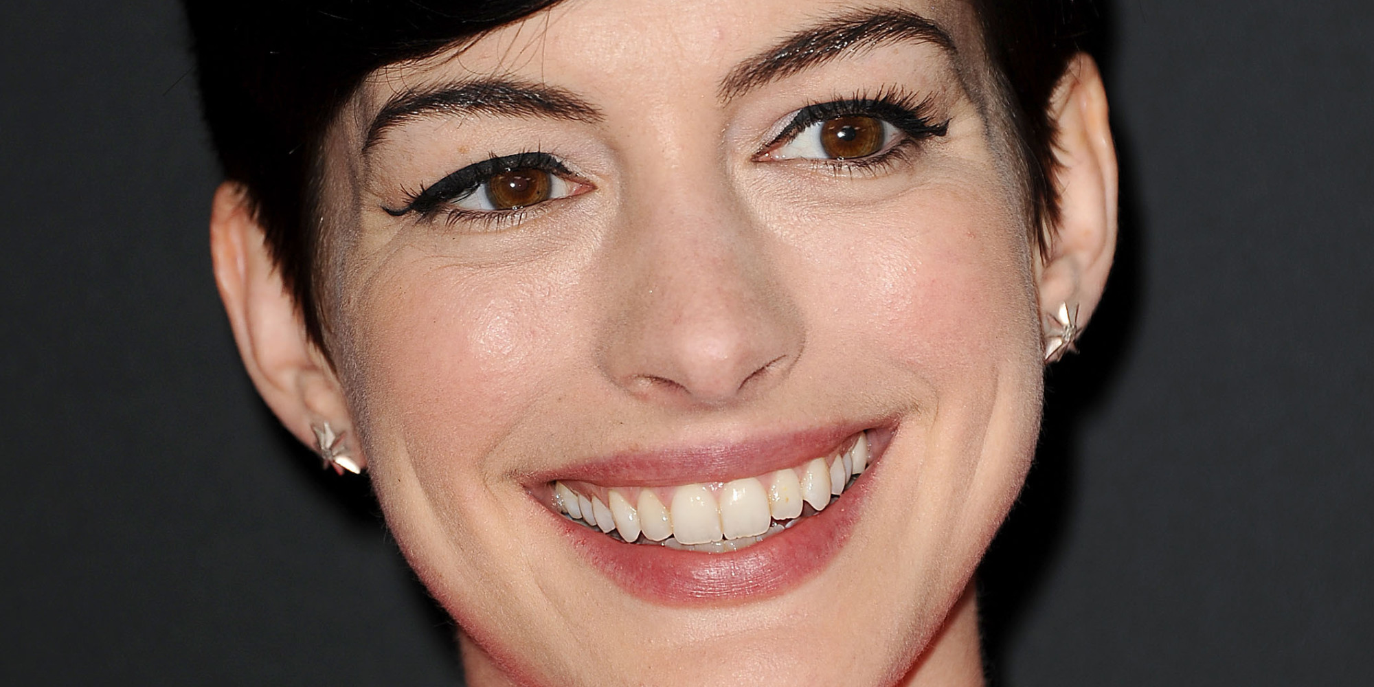 Anne Hathaway Rescued From Drowning | HuffPost UK Anne Hathaway