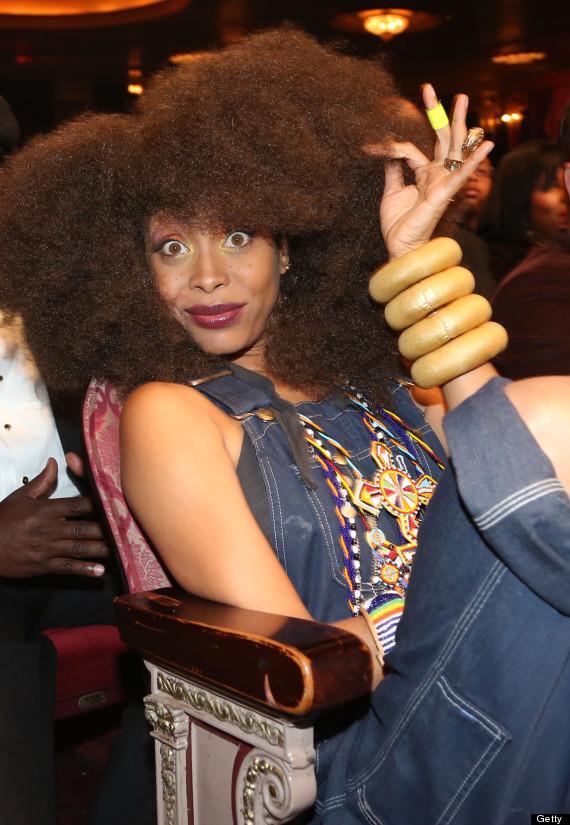 Erykah Badu Debuts Old School Hairdo Adds To Her
