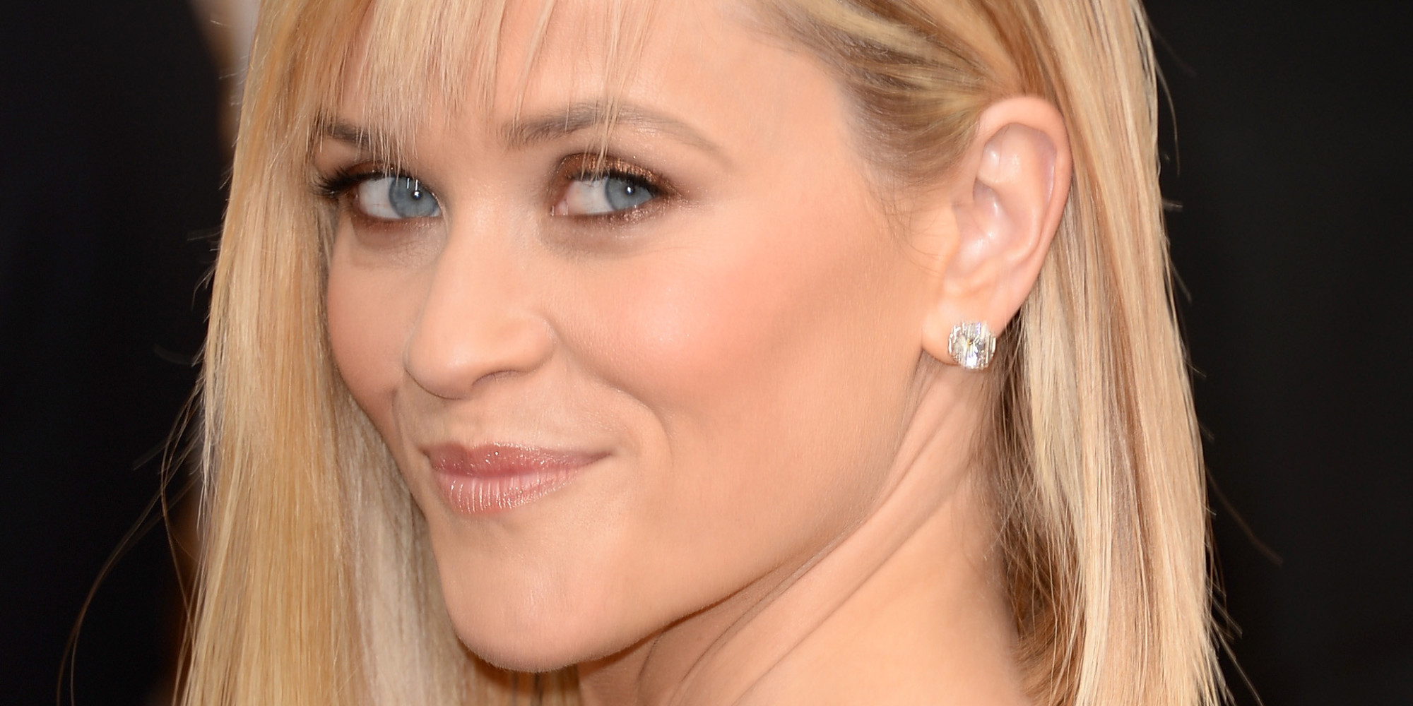 reese witherspoons golden globes 2014 hair is a risky