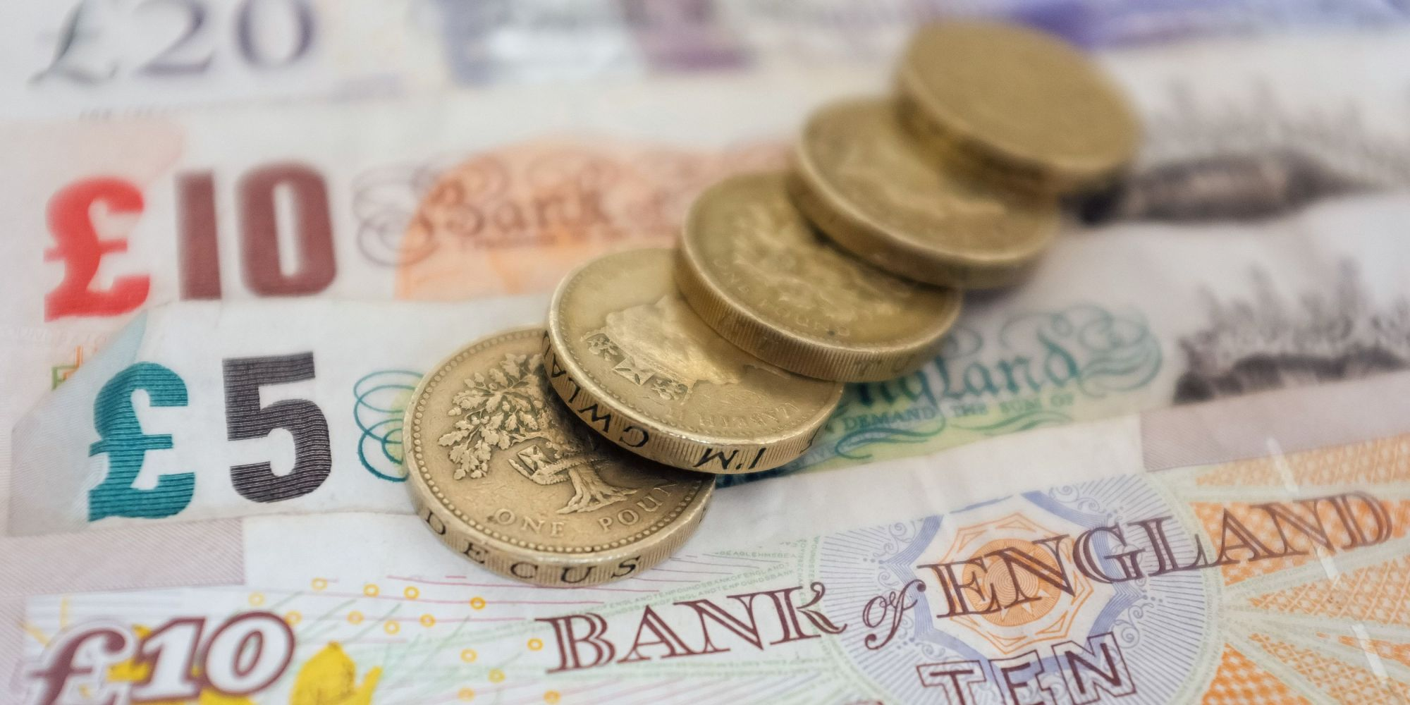 what is the minimum wage uk 2014