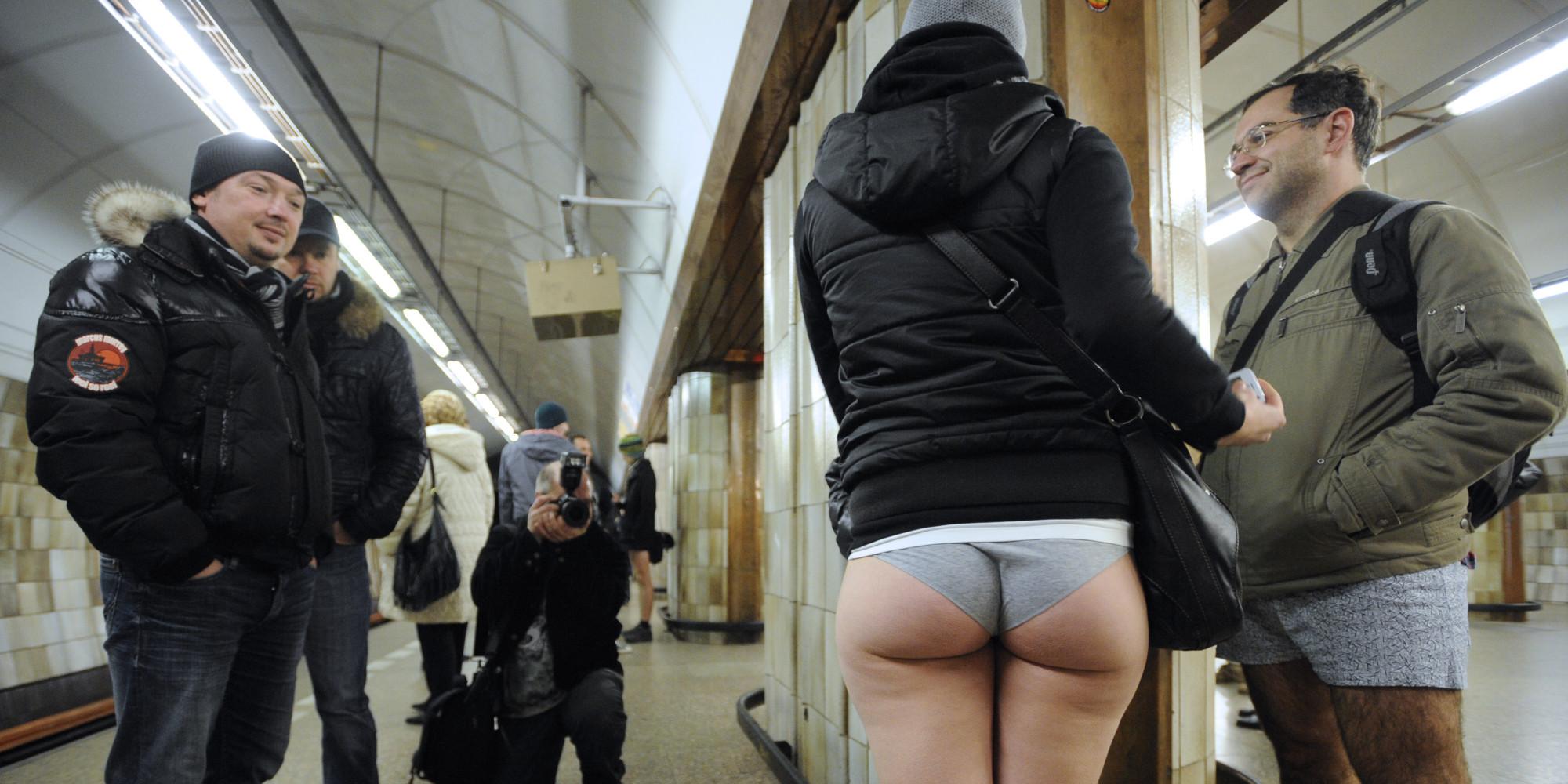 En el metro agarron de verga - 2 part 1
