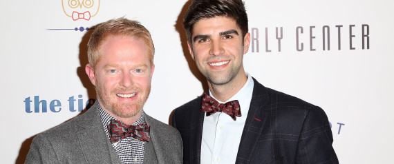 jesse tyler ferguson makes personal australian gay marriage contribution. Black Bedroom Furniture Sets. Home Design Ideas