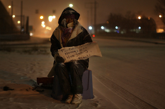 http://i.huffpost.com/gen/156129/thumbs/r-DETROIT-HOMELESS-large570.jpg