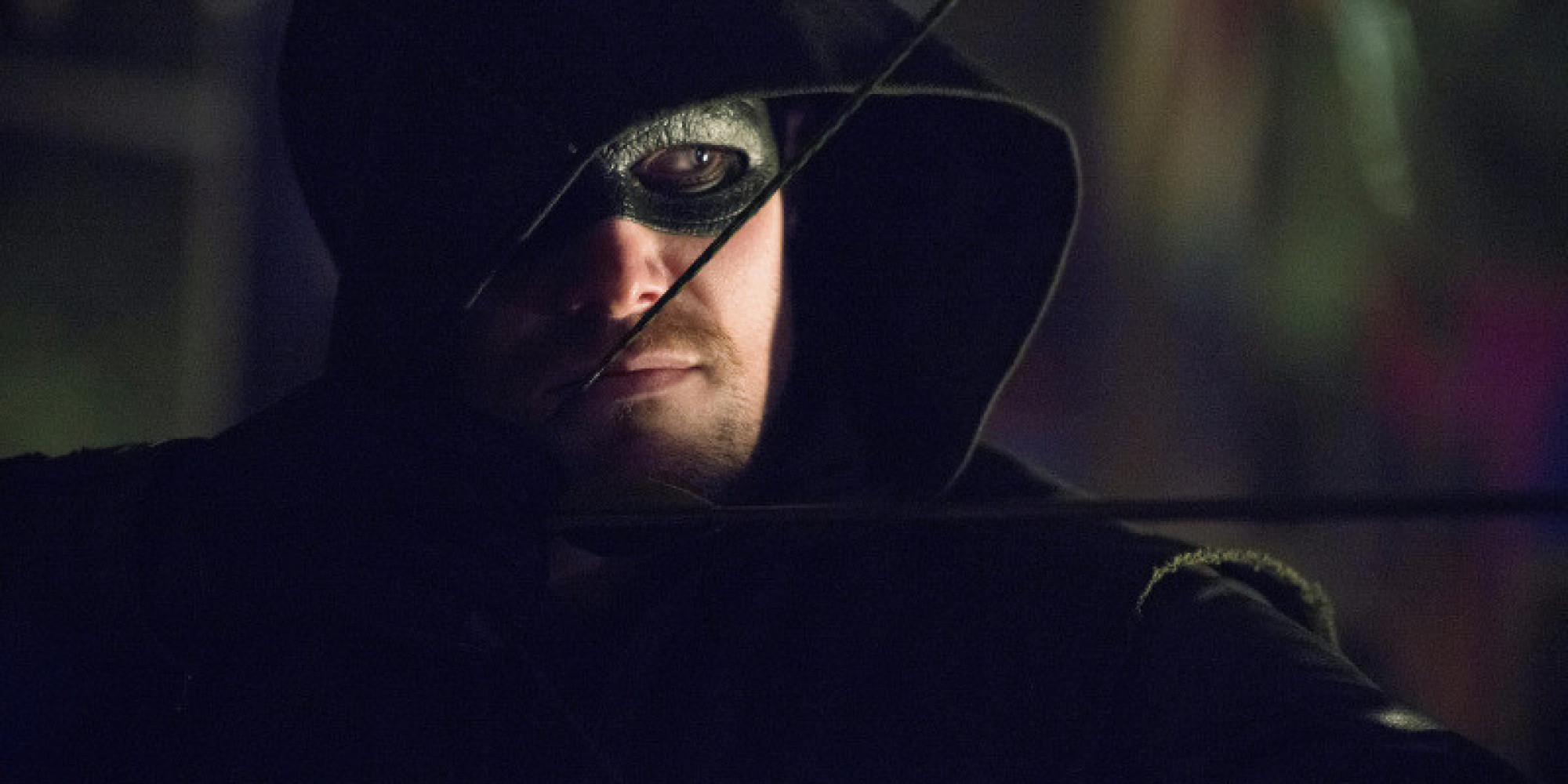 Andrew Kreisberg Teases The Villain Of ARROW Season 3 And Crossing ...