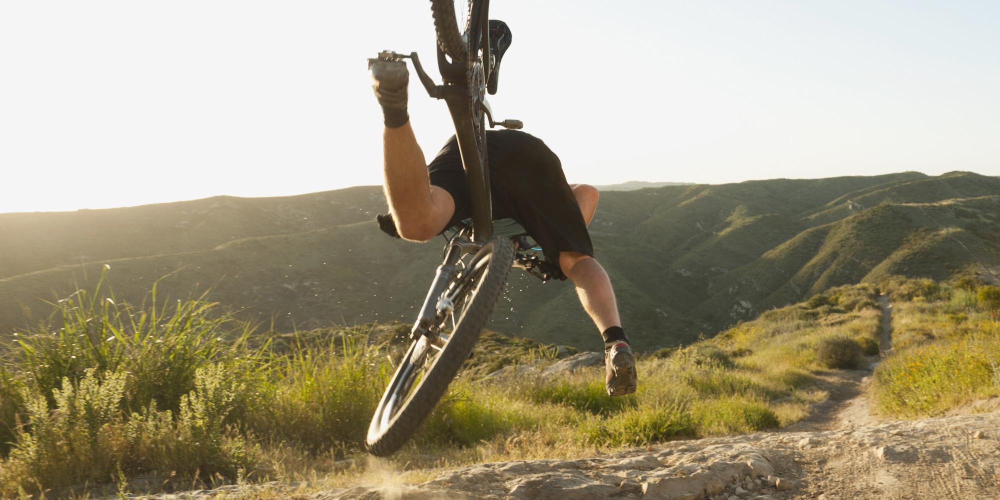 mountain bike crash causes 7