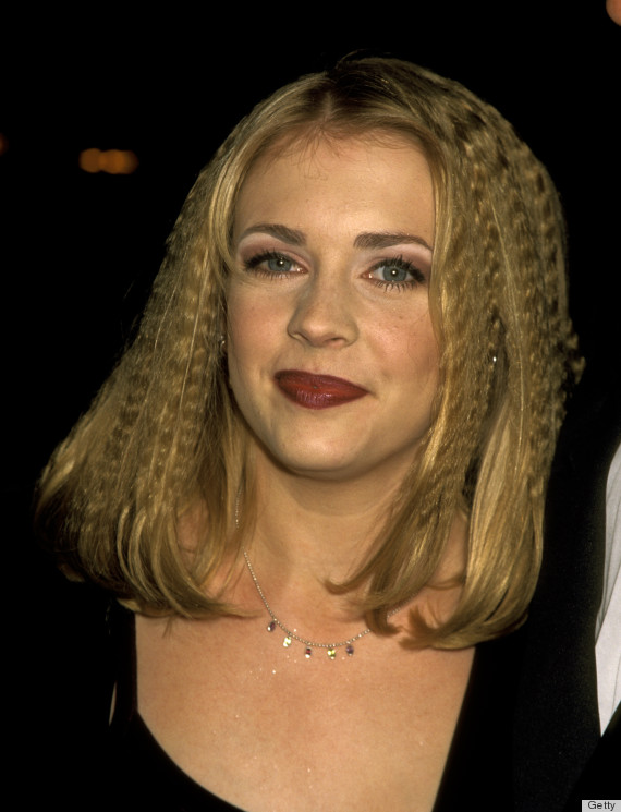 '90s Hair Trends That Should Never Come Back | HuffPost | 570 x 745 jpeg 84kB