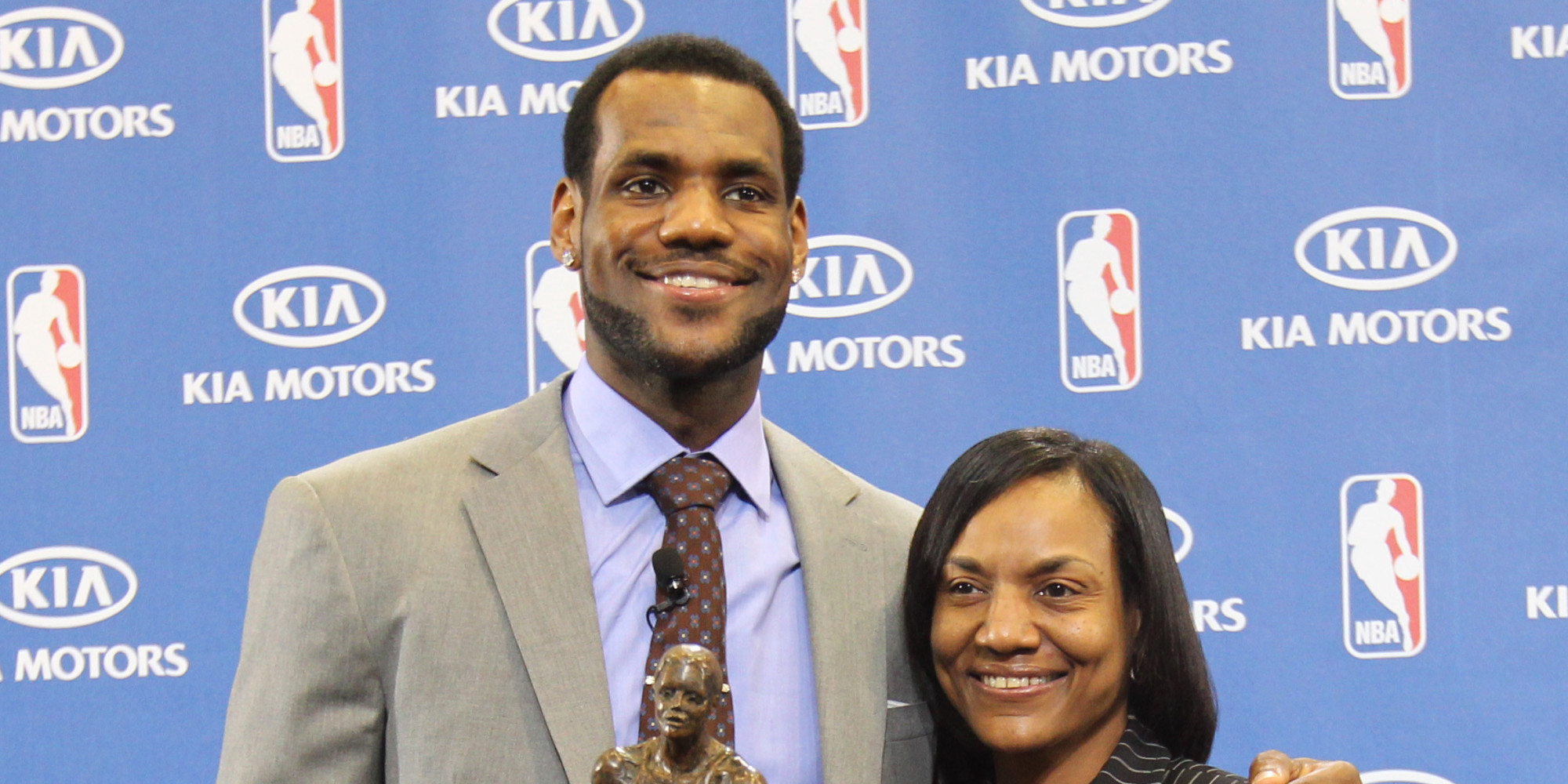 lebron james pens touching essay on being raised by a single mom lebron james pens touching essay on being raised by a single mom the huffington post