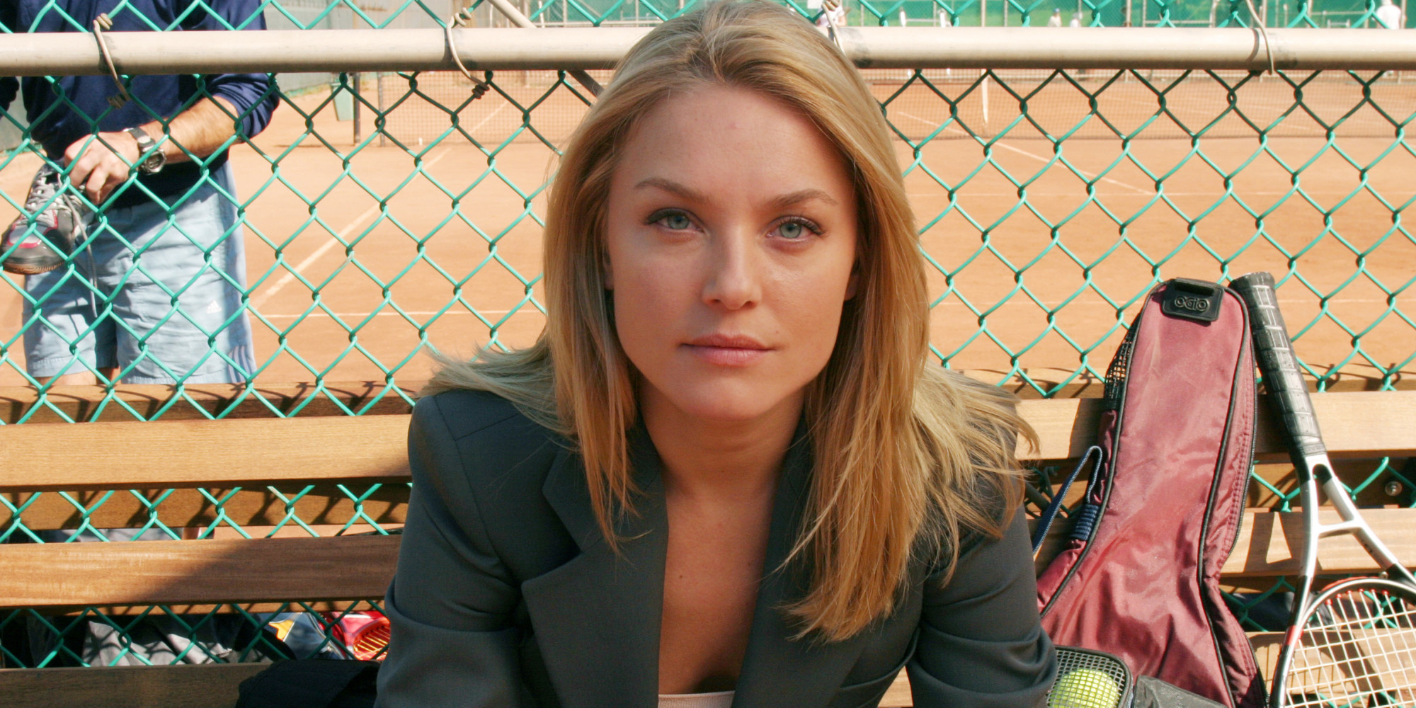 Elisabeth Röhm Revisits Her Surprising, Splashy 'Law ...