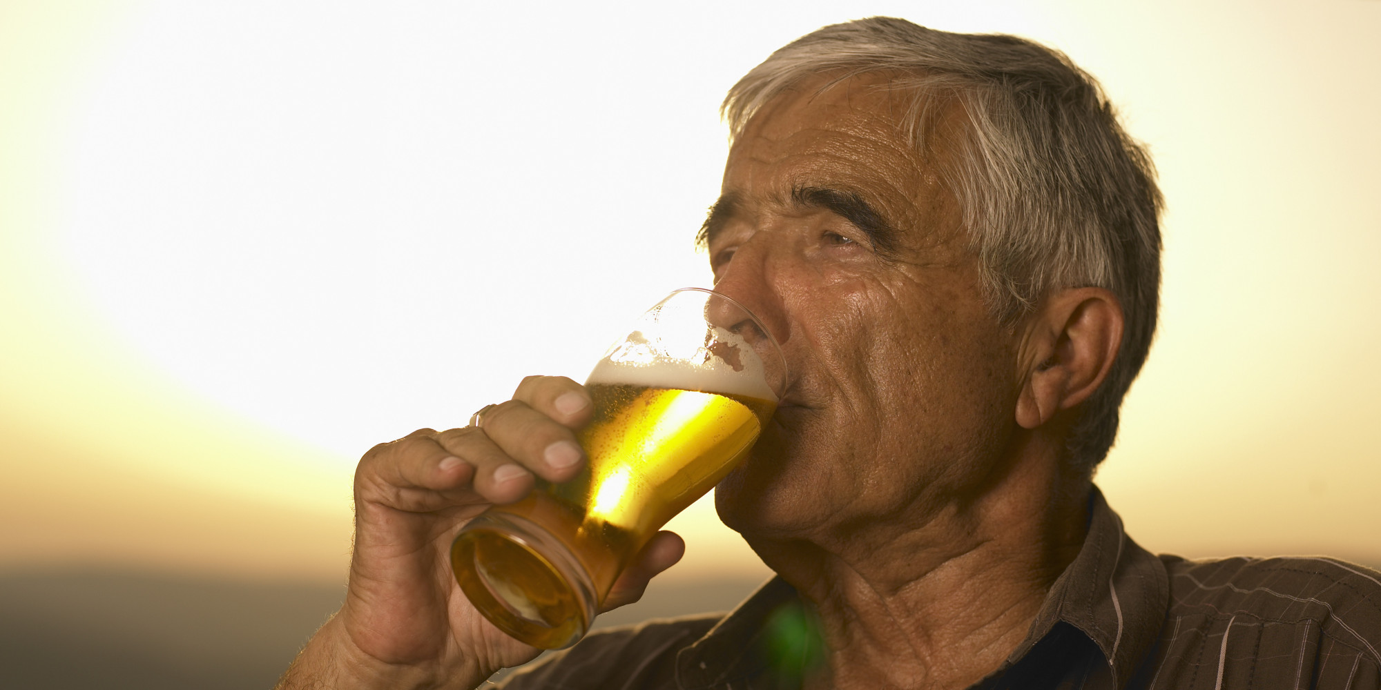 Heavy Drinking Linked To Memory Loss In Older Men, Study Shows | The ...
