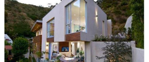 PLAYBOY WIFE HOUSE