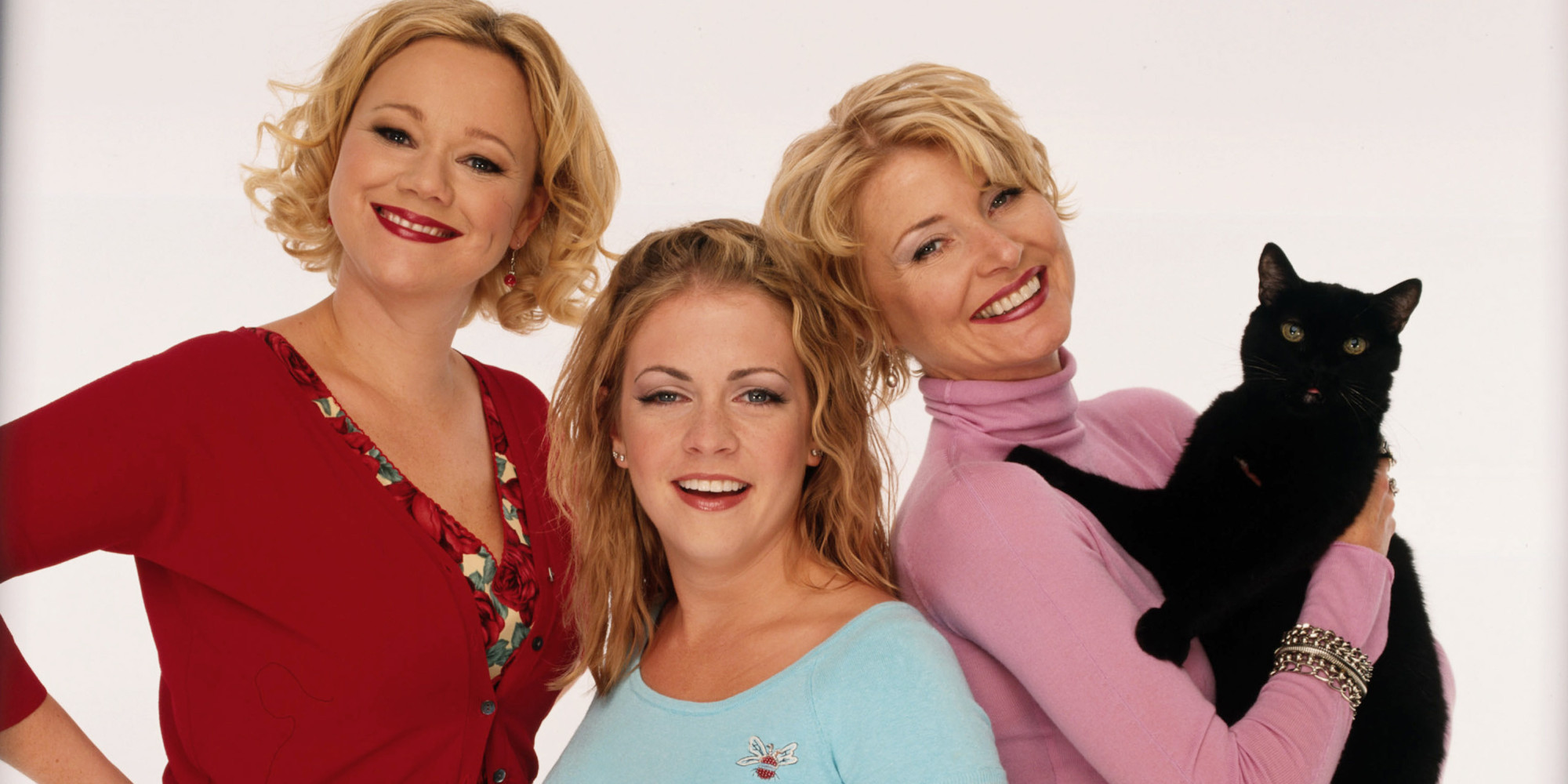 http://i.huffpost.com/gen/1568503/images/o-SABRINA-THE-TEENAGE-WITCH-facebook.jpg