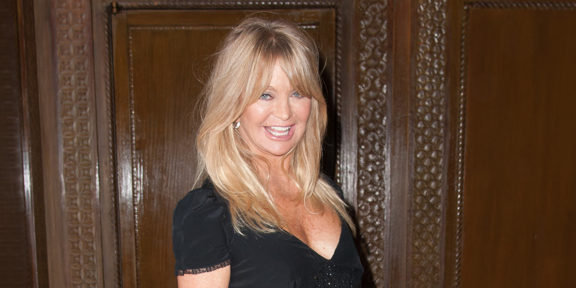 Goldie Hawn Signs With CAA, Fans Wonder If She's Returning To Show ...