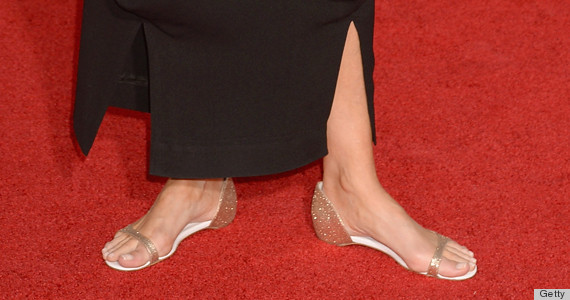 emma thompson sag awards shoes