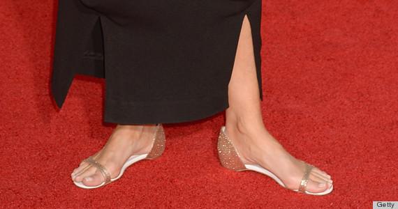 emma thompson sag awards shoes