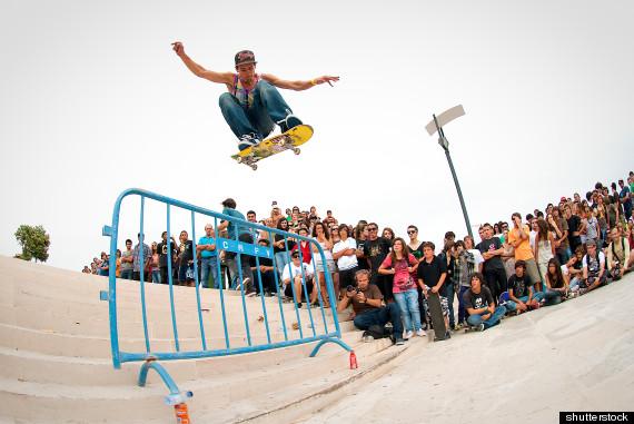 skateboard - Skateboard Bank Beine
