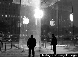 Apple's 'Glass Cube' New York Store Smashed In Snow Storm