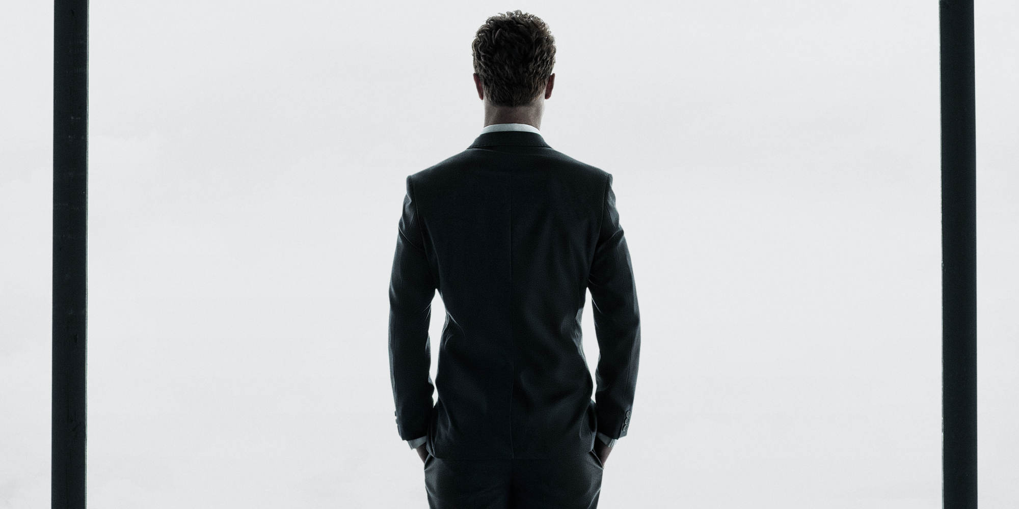 First 39 fifty shades of grey 39 poster hits five major cities for Fifty shade of grey