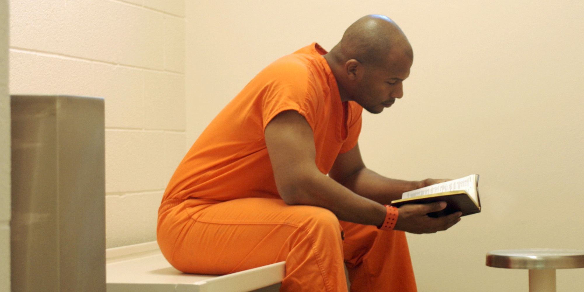 atheist group sends freethought books  prisoners  alternative  religion