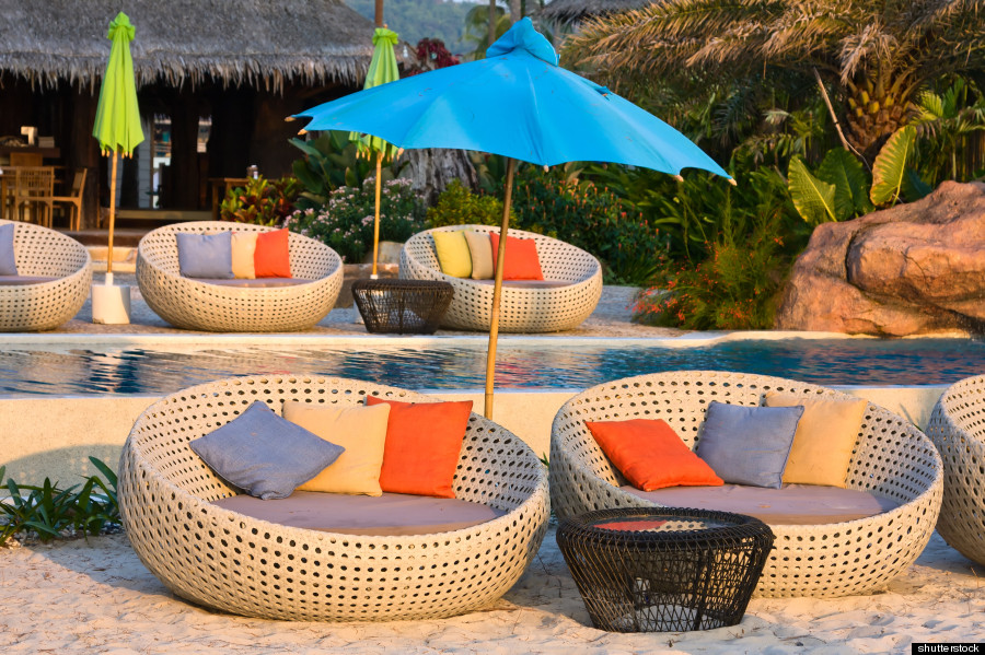 8 places you 39 d like to be taking a nap in right now huffpost for Poolside table and chairs
