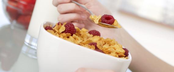 TEEN EAT BREAKFAST