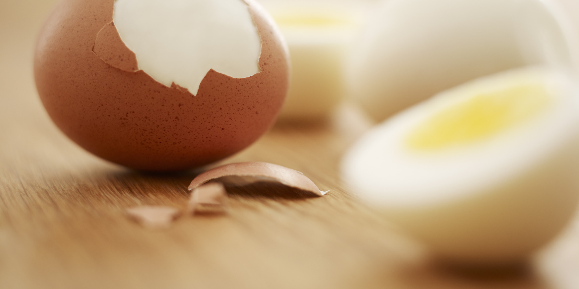 The Best Way to Peel Hard-Boiled Eggs | The Huffington Post