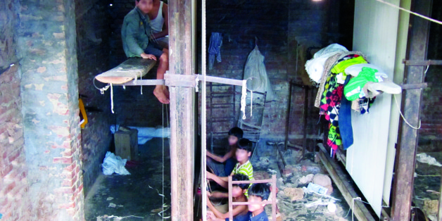The Subhuman Conditions That Slaves And Child Laborers