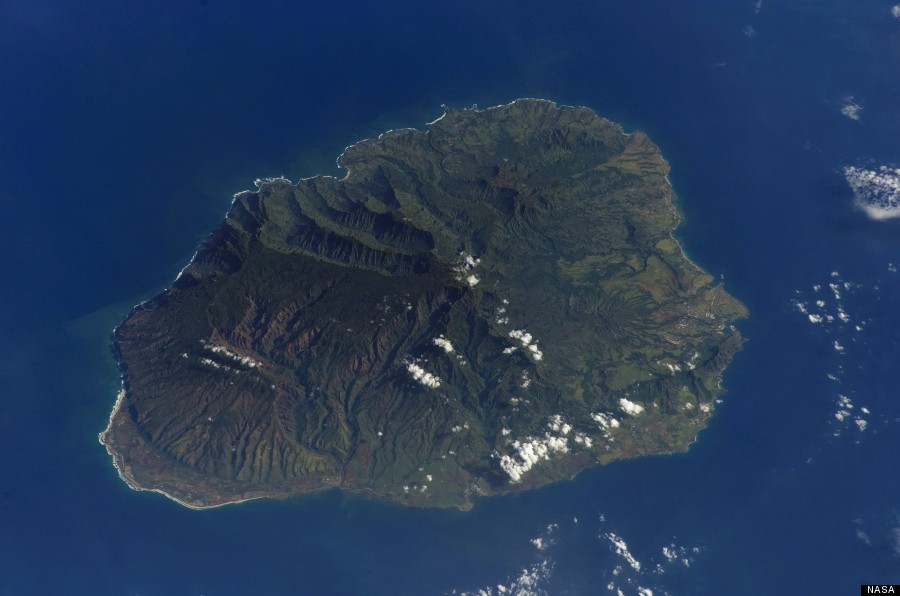 Hawaii Space Photos Prove Earth S Most Isolated Landmass