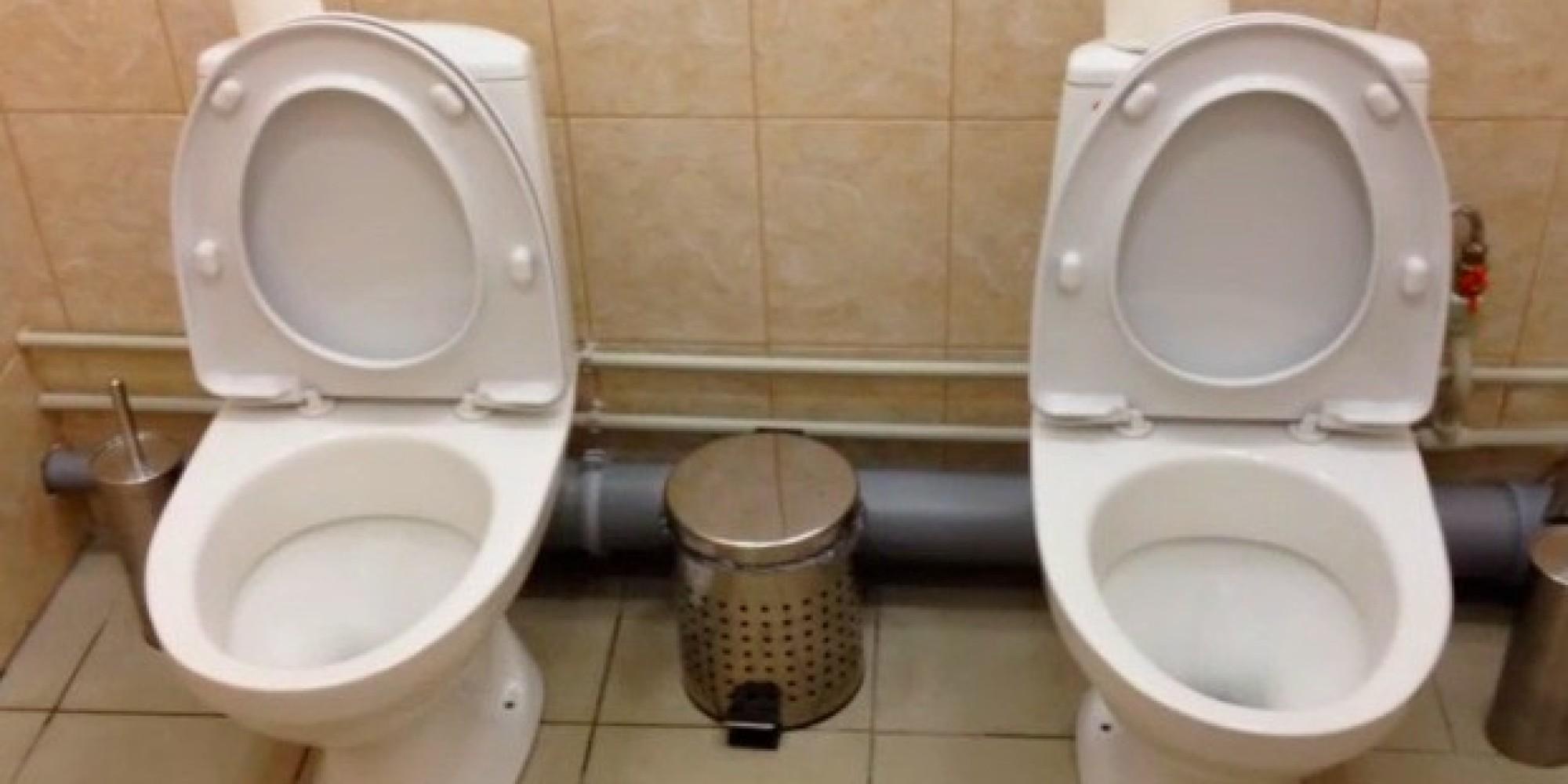 sotschi russland baut doppel toiletten f r olympische. Black Bedroom Furniture Sets. Home Design Ideas