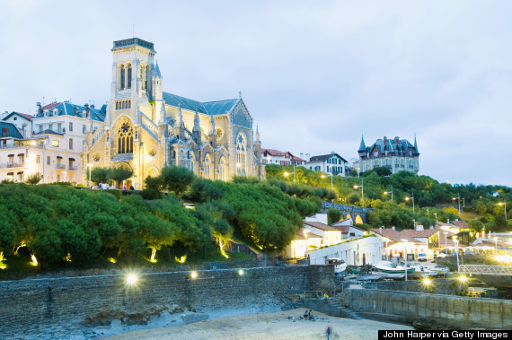 14 places in france that aren 39 t paris huffpost for Best vacation spots in france