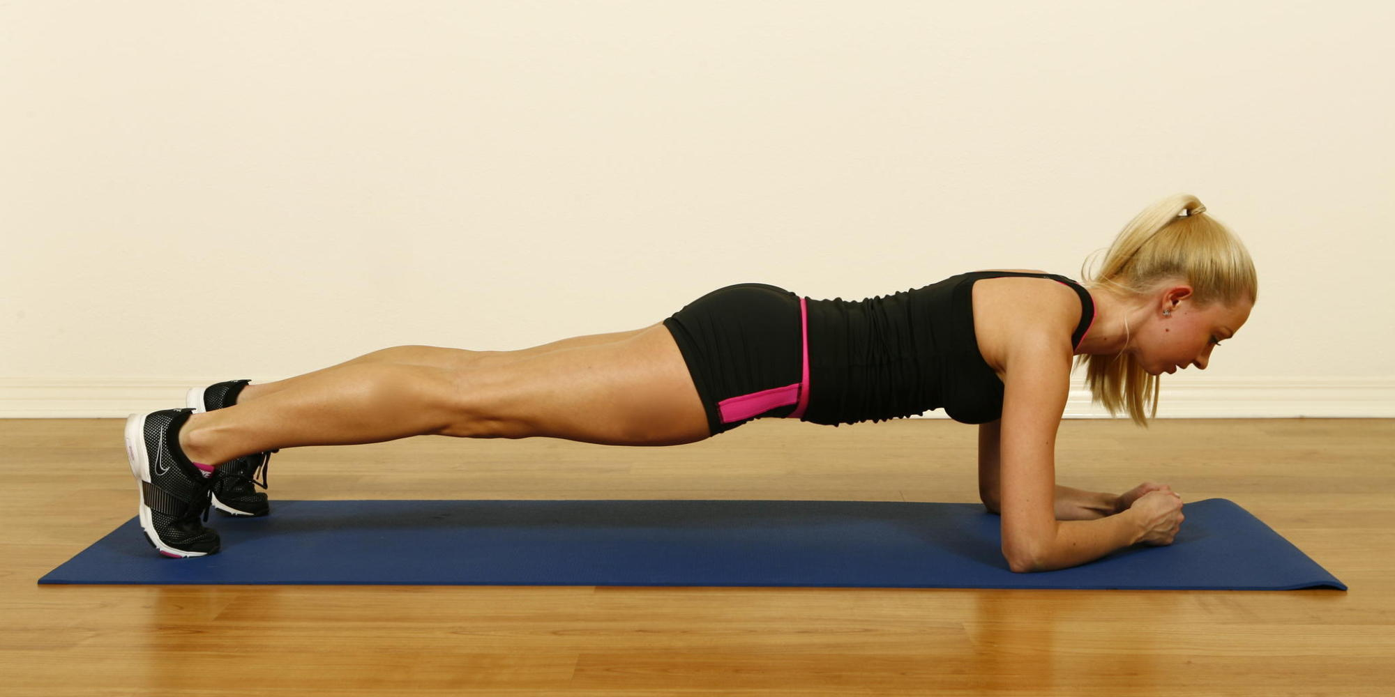 The only strength exercises you 39 ll ever need huffpost for Plank workout results