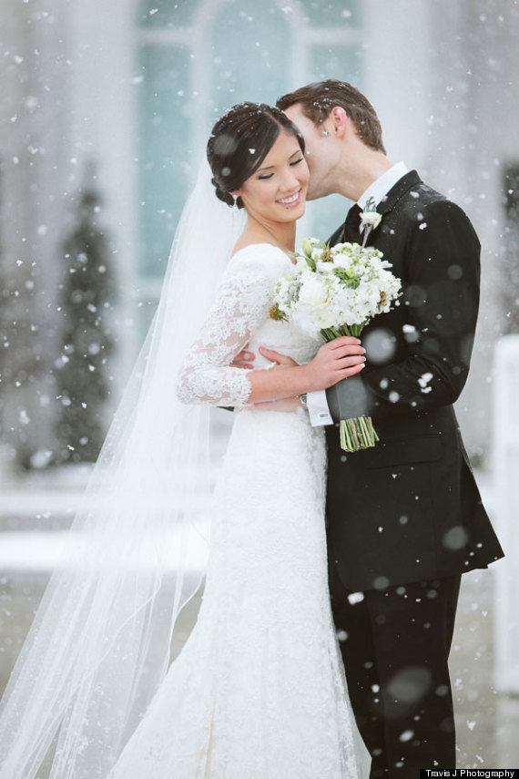 10 reasons to love winter weddings huffpost a winter wedding provides the perfect opportunity to put a luxury spin on wintry comfort foods try hearty dishes like pasta lasagna casseroles and warm junglespirit Image collections