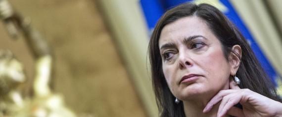 Movimento 5 stelle allo studio un impeachment per laura for Quanti sono i deputati