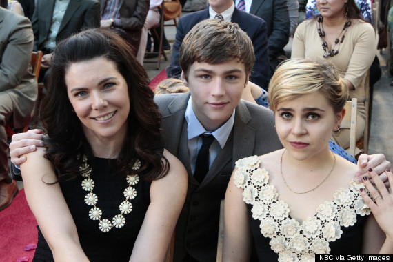 mae whitman miles heizer lauren graham