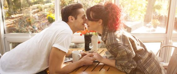 COUPLE COFFEE MORNING