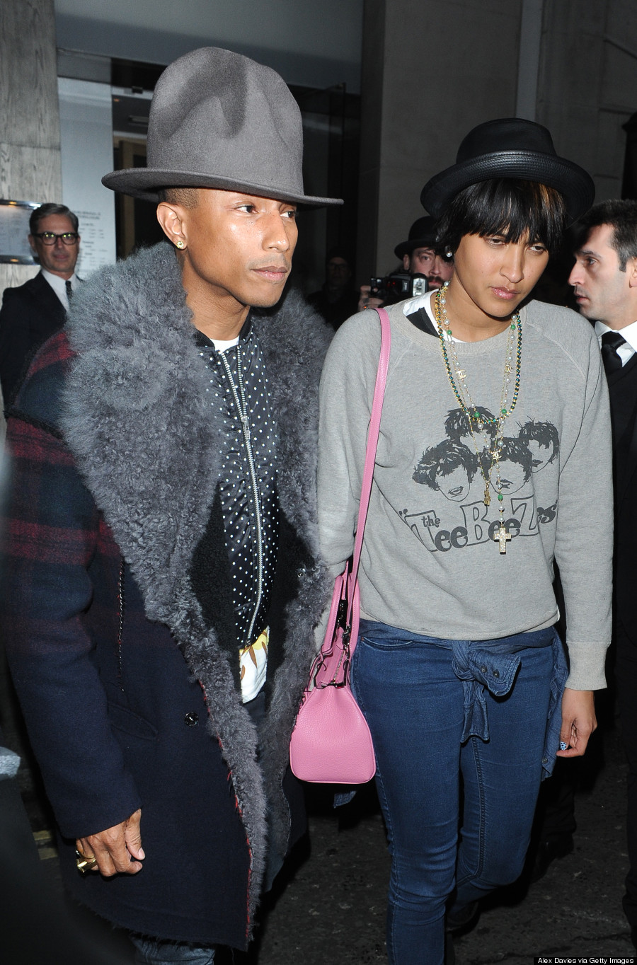 Pharrell Williams Recreates His Grammys Hat Magic PHOTOS