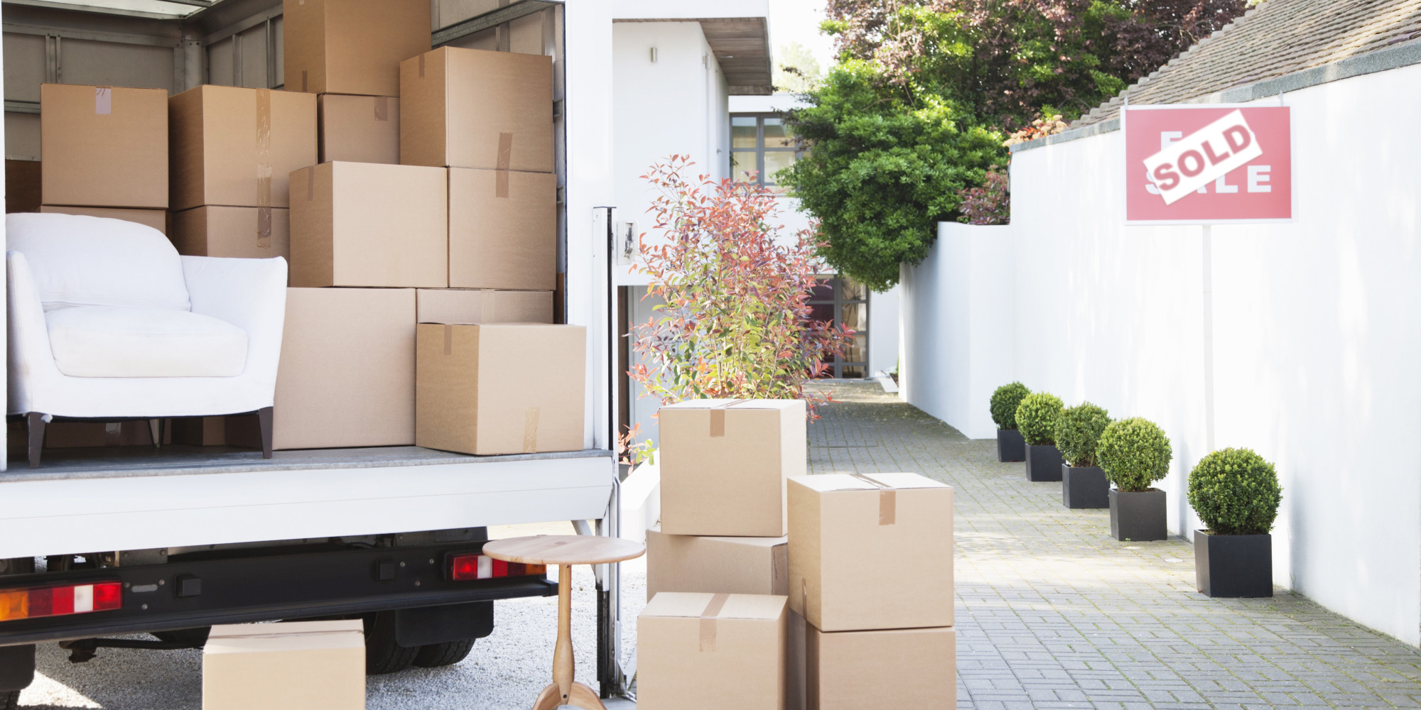 How To Spot A Bad Moving Company Huffpost