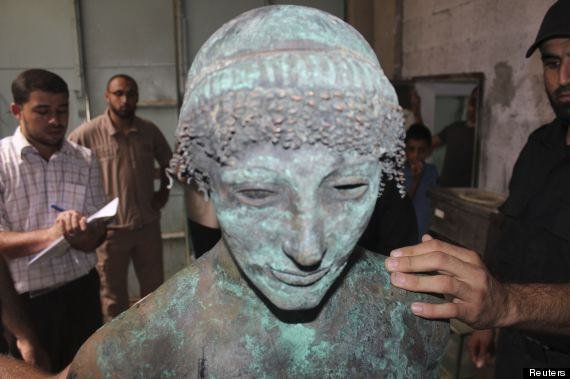 Mystery Of 2 000 Year Old Bronze Statue Of Greek God